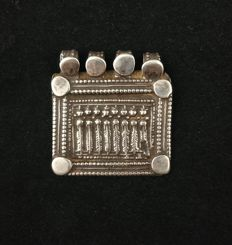 Antique silver charm pendant - Rajasthan (India), early 20th century