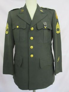 U.S. Army tunic with collar mirror and decoration