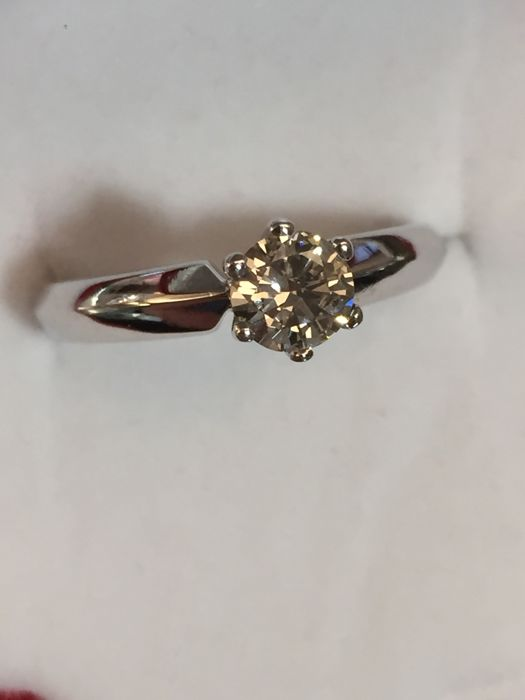 Christ solitaire ring diamond brilliant ring 14 kt / 585 white gold 0.50 ct - size 56