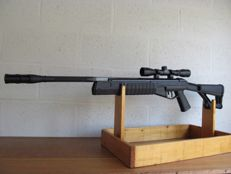 CROSMAN - TR77 AIR RIFLE + SCOPE 3-9X40 TACTICAL