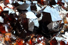 Spessartine Garnet crystals on matrix - 10.1 X 7.3 X 3.5 cm - 217 gm