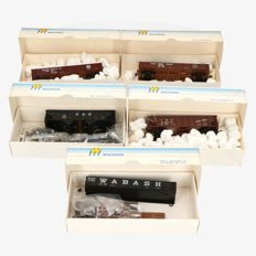 Walthers H0 - lot of 5 freight carriages, gondela and hopper cars
