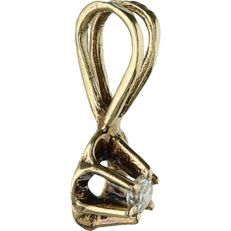 14 kt Yellow gold pendant set with a brilliant cut diamond of approx. 0.02 ct - length x width: 1 x 0.4 cm
