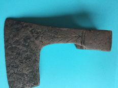 Medieval axe iron with engravings - 150x95mm 592 g