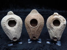 Byzantine terracotta decorated oil lamps - 9.5 - 8.5 cm (3)