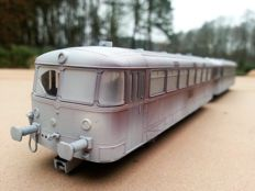 Märklin H0 - 39983 - Diesel carriage Series BR 798 with control carriage Series BR 998 of the DB, snow covered version with interior lighting