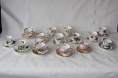 Royal Albert, 14 cups and saucers, mixed lot, different decorations