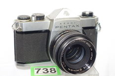 Asahi Pentax SP1000 camera with Chinon large aperture 1: 1.7 55 mm lens