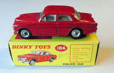 Dinky Toys - Scale 1/43 -Volvo 122S No.184