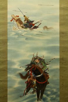 "Hanging scroll, ""Samurai on Horse -Battle of Uji River 宇治川先陣図"" by 近春 Kinshun - Japan - Mid 20th century w/box"