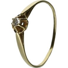 14 kt Yellow gold ring set with a brilliant cut diamond of approx. 0.04 ct - ring size: 17.75 mm