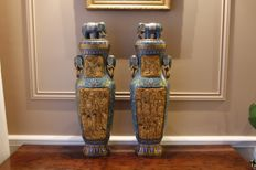 Pair of large golden bronze vases - China - late 20th century