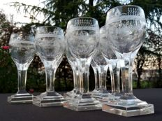 Baccarat Harcourt - Set of 10 stem glasses made of cut glass with engravings