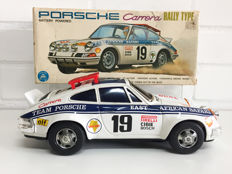 Alps, Japan - length 27 cm - Tin Porsche 2.7 RS Carrera 'East African Rally' with battery motor, 1960s