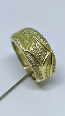 18 kt Gold solid ring with approx. 0.64 ct diamonds - Ring size 19.25 mm (60)