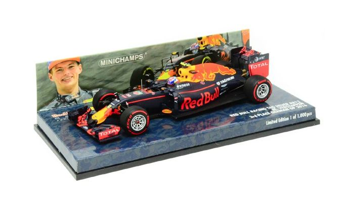 MiniChamps - 1:43 - Red Bull Racing TAG Heuer RB12 #33 3rd Place German GP 2016 - Max Verstappen - Limited Edition of 1.000 pcs.