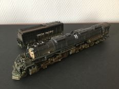 Rivarossi H0 - HR 2098 - Dampflokomotive mit Tender - Big Boy - Union Pacific Railroad