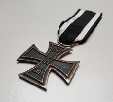 German Iron Cross of the second class with original ribbon maker K.O. (Königliches Münzamt Ordenen)