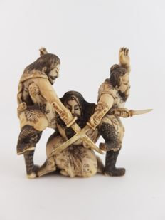 Ivory Okimono of three Warriors - Japan - 1912-1926 (Taisho period)