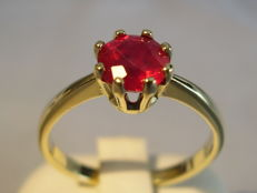 Antique 14 karat gold ring with natural ruby solitaire of 1.25 ct.