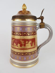Vienna - Magnificent 19th century tankert with lid