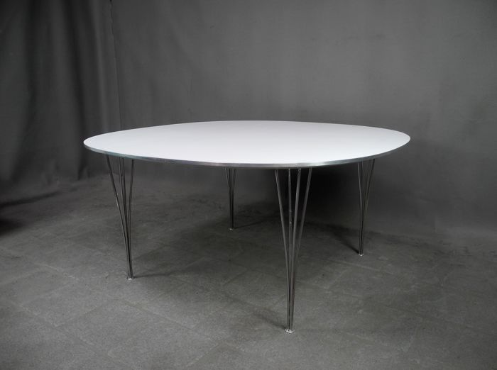 Piet Hein and Bruno Mathsson for Fritz Hansen - Exclusive vintage B205 'Super-Circular' table