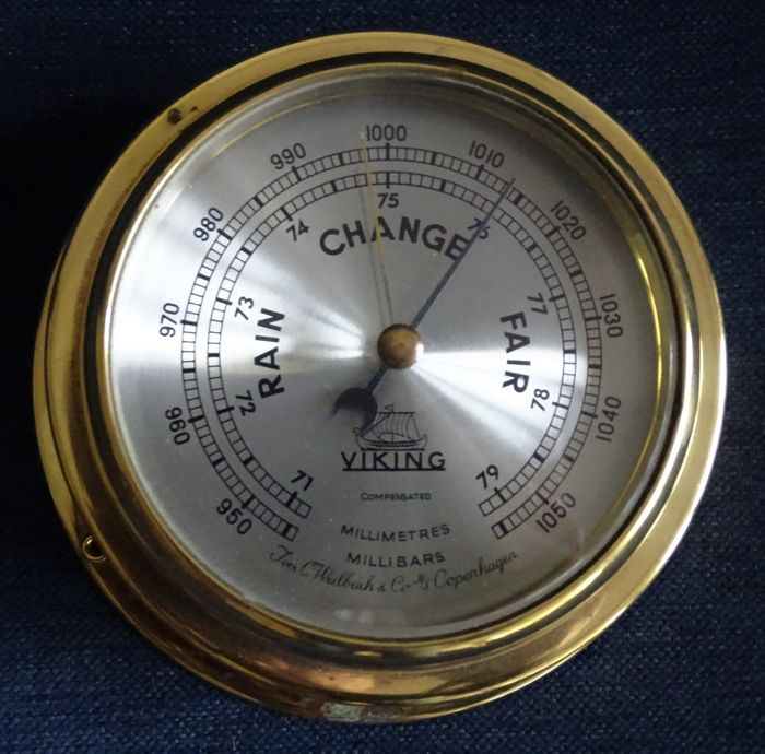 Ivar C. Weilbach & Co - Viking ship barometer