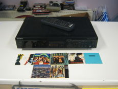 Really like new Original Sony mini disc player and recorder +  7 mini discs type MDS JE 500