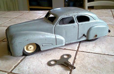 Jep, France - Length: 26 cm - Tin Sédan Delahaye with wind-up drive, 50s