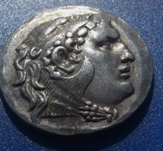 Greek Antiquity - Kingdom of Macedon - Alexanter the Great Tetradrachm (16.69 gm), circa 250-175 BC, Outstanding example.