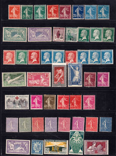 France 1906/1931 - selection of 88 stamps including Caisse d'Amortissement (Sinking Fund) - Yvert no. between 134 and 277