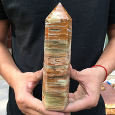 Natural afghanistan Jade crystal obelisk - 190 x 55 x 43 mm - 712 gm