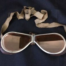 Antique WW II Aviation Foldable Googles