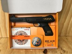 BEAR GRYLLS PISTOL SURVIVOR SET 4.5mm