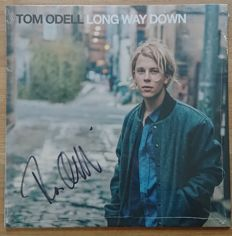 Tom Odell, signed album