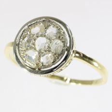 Art Deco diamond engagment cluster ring, anno 1930
