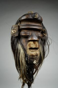 Powerful mask  - DAN / WE / GUERE - Liberia / Ivory Coast