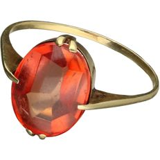 14 kt Yellow gold ring set with a synthetic Padparadscha stone. - ring size: 18 mm