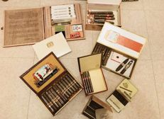 Beautiful lot with cigar boxes and other old accessories