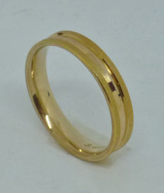 14k yellow gold wedding ring - size 55,5