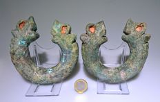 Very Large and Extremely Rare Pair of Arm Bracelets with Beast Heads - 12 cm.