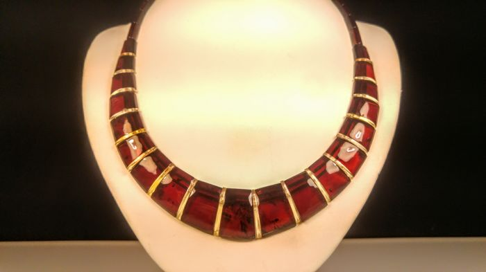 Beautiful aged Cognac colour Baltic Amber necklace, length 47 cm, 24 grams