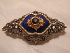 18 ct gold brooch with diamonds and sapphires