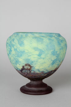 Daum Nancy - Footed vase matt