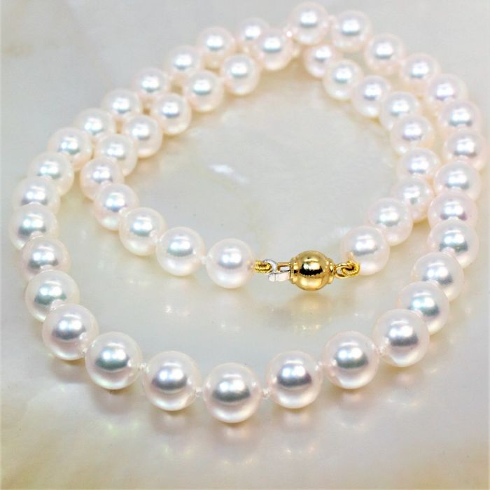 #NO RÉSERVE PRICE# Beautiful necklace saltwater pearls Ø8mm - YG18K clasp