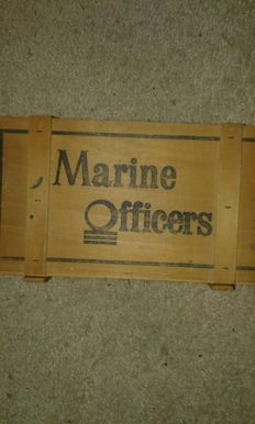 NL glasses marine officers in wooden box