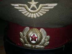 Russia hats