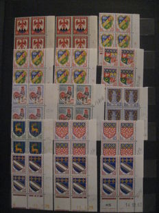 France - Collection of tens of dated corners, blocks of 4, sheets and sheet fragments