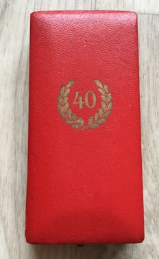 Faithful Service Honour Badge 1st level for 40 Years 1938 in a case