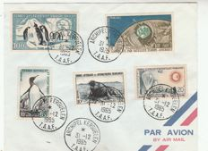 T. A.A. F - lot of 64 TAAF (French Southern and Antarctic Lands) letters, various origins, postmarks from boats and expeditions.
